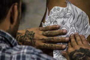 Gdzie można nauczyć się robić tatuaże?